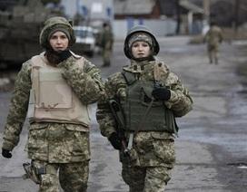 Ukraine có thể huy động phụ nữ nhập ngũ