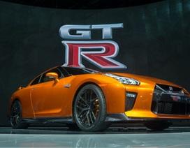 Nissan GT-R Nismo 2017 chính thức xuất hiện