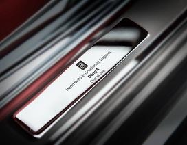 Rolls-Royce Phantom giá 83,8 tỉ đồng, Mercedes thu gọn danh mục sản phẩm