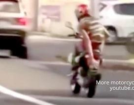 Vận rủi khi giỡn mặt cảnh sát