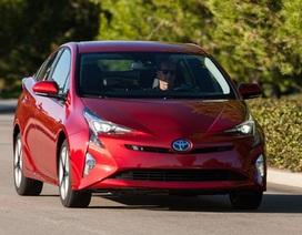Toyota triệu hồi xe hybrid Prius