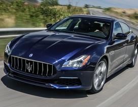 Xe Maserati gặp trục trặc với camera lùi