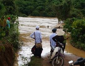 Đập Kala xả lũ nhấn chìm nhiều tài sản của dân