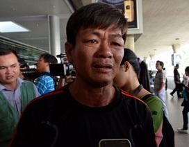 Vỡ òa hạnh phúc đón 9 thuyền viên gặp nạn trở về từ Singapore