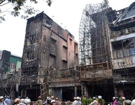 Cả dãy phố tan hoang sau vụ cháy 8 căn nhà ở trung tâm Sài Gòn