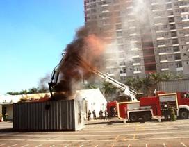 """Trang bị """"rô bốt"""" chữa cháy cho Cảnh sát PCCC TPHCM"""