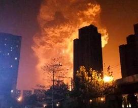 """Vụ nổ """"long trời"""" tại Thiên Tân qua lời kể của nhân chứng"""
