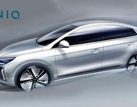 Hyundai hé lộ hình ảnh tân binh IONIQ
