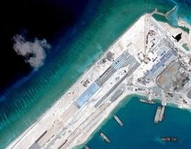 Trung Quốc đáp trả chỉ trích của Mỹ về các hạn chế đi lại ở Biển Đông