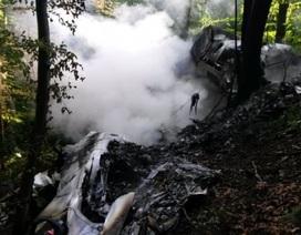 Hai máy bay Slovakia vỡ tan sau vụ đâm nhau trên không