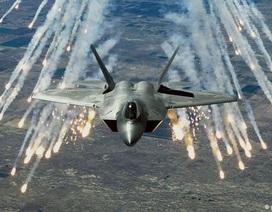 4 chiến đấu cơ tàng hình F-22 của Mỹ tới châu Âu