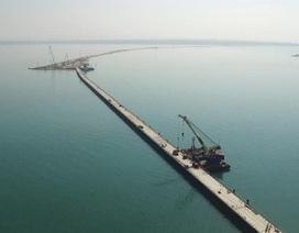 Nga xây cầu vượt biển tới bán đảo Crimea