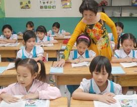Từ 3/11: Áp dụng quy định xếp lương mới cho giáo viên tiểu học công lập