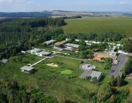 Khám phá Boong-ke trú ẩn sang trọng lớn nhất thế giới ở Séc