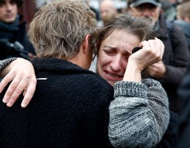 """Tấn công khủng bố ở Paris: Lỗ hổng an ninh chưa thể """"vá"""" của Pháp"""