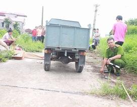 Hà Nội: Lật xe 3 bánh, thiếu niên 15 tuổi tử vong