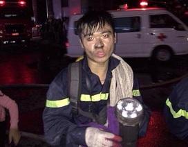 Chuyện người lính trẻ giải cứu 50 người trong đám cháy