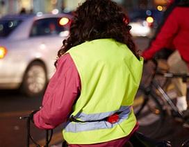 Gái mại dâm ở Ý phải mặc áo bảo hộ phản quang