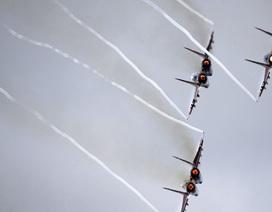 Máy bay Nga xuất kích dội bom cơ sở hạ tầng của IS