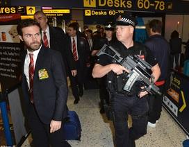 """Man Utd tươi cười trước """"chuyến làm khách bão táp"""""""