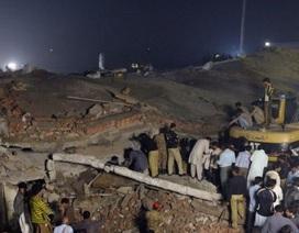 Sập nhà máy tại Pakistan, 18 người chết
