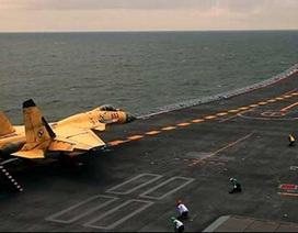"""""""Đòn hiểm"""" mới của không quân Trung Quốc trên Biển Đông"""