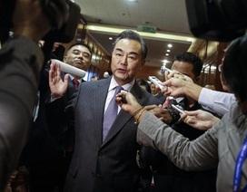 Đối mặt với nhiều chỉ trích, Trung Quốc có ngừng xây đảo ở Biển Đông?