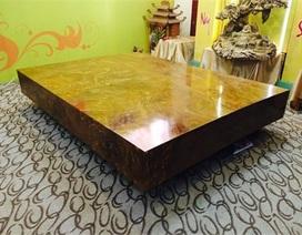 Sập gỗ ngọc nghiến ngàn tuổi của đại gia Hà Nội