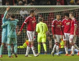 Hòa nhạt trước PSV, Man Utd có nguy cơ bị loại