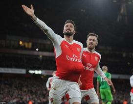 Arsenal 3-1 Sunderland: Thành bại ở Giroud