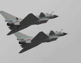 """Iran lên kế hoạch """"đổi dầu lấy máy bay"""" với Trung Quốc"""