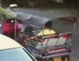 Thái Lan tìm tài xế tuk-tuk chở nghi phạm vụ đánh bom Bangkok