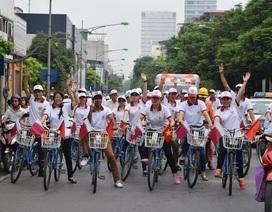 Đại sứ các nước đạp xe hữu nghị quanh Hà Nội
