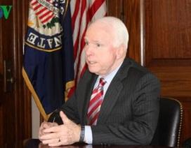 John McCain muốn hủy bỏ chương trình giám sát cá da trơn