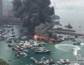 Cháy lớn tại bến cảng Hong Kong, 9 tàu bị thiêu rụi