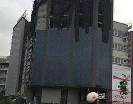 """Hà Nội: Toà nhà vượt phép 3 tầng vẫn """"bình an"""" sau quyết định cưỡng chế"""