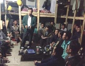 Đại diện ĐSQ Việt Nam tại Algeria thăm người lao động trên công trường Khenchela