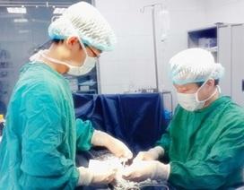 """Ca phẫu thuật teo ruột với 7 mối nối """"kỷ lục"""""""