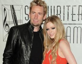 Avril Lavigne chia tay người chồng thứ 2
