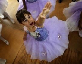 Brazil: Cận cảnh lớp dạy múa cho trẻ em nghèo tại khu ổ chuột