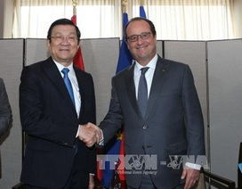 Chủ tịch nước Trương Tấn Sang gặp gỡ Tổng thống Pháp