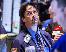 Giá dầu thô, chứng khoán Mỹ đồng loạt giảm vì FED