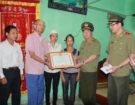 Bộ Công an truy tặng bằng khen cho Công an viên hi sinh khi làm nhiệm vụ