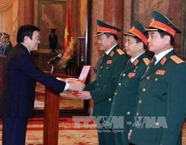 Chủ tịch nước trao Quyết định thăng hàm Thượng tướng cho 3 sỹ quan
