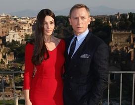 """Daniel Craig thà """"tự rạch cổ tay"""" còn hơn phải tiếp tục làm James Bond"""
