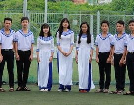 Đổi mẫu đồng phục để giáo dục lòng yêu biển đảo cho học sinh