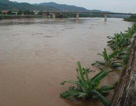 Trung Quốc xả nước, lũ sông Hồng đang lên cao