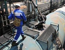 """""""Giá dầu có thể giảm về mức 30 USD/thùng"""""""