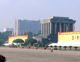 Cao ốc bên Lăng Bác phá vỡ cảnh quan của Quảng trường Ba Đình