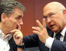 Hy Lạp: Tạm gác nỗi lo nợ nần, đối mặt với chia rẽ nội bộ